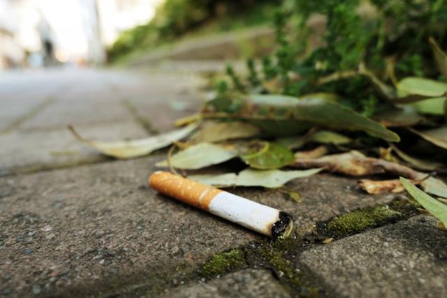 たばこのポイ捨て