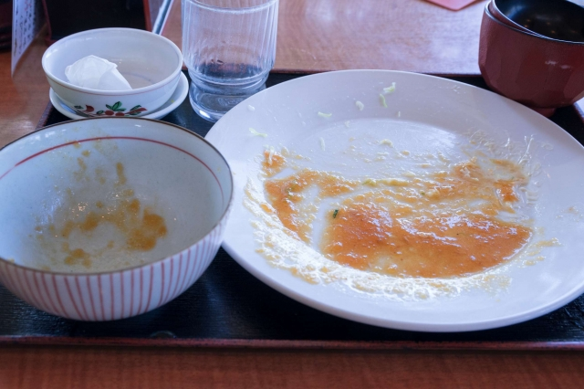 食べ終わった食器