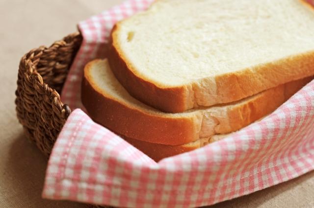 食パンのアップ